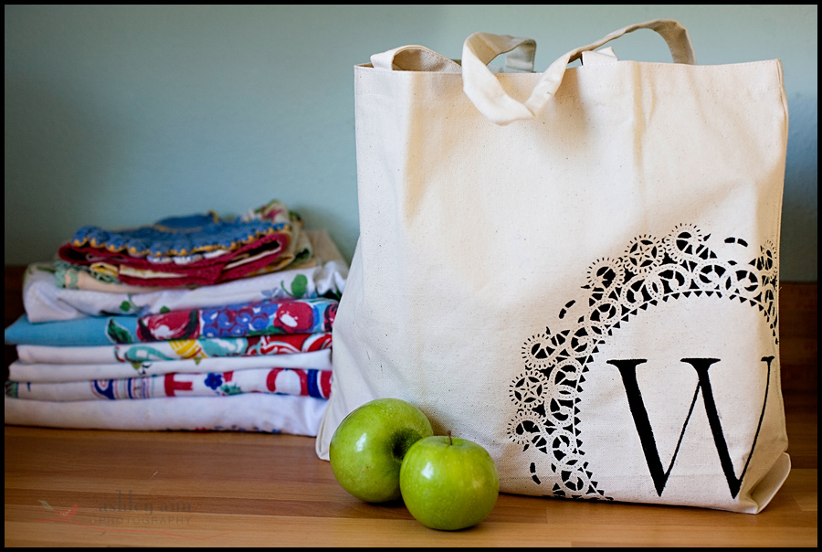 Modern Tote Bag Shopping Bag Grocery Bag Gift for Her Berry Colored Tote Bag