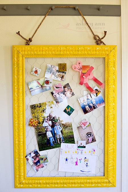 diy {chicken wire frame & memory card clips} » ashleyannphotography.com